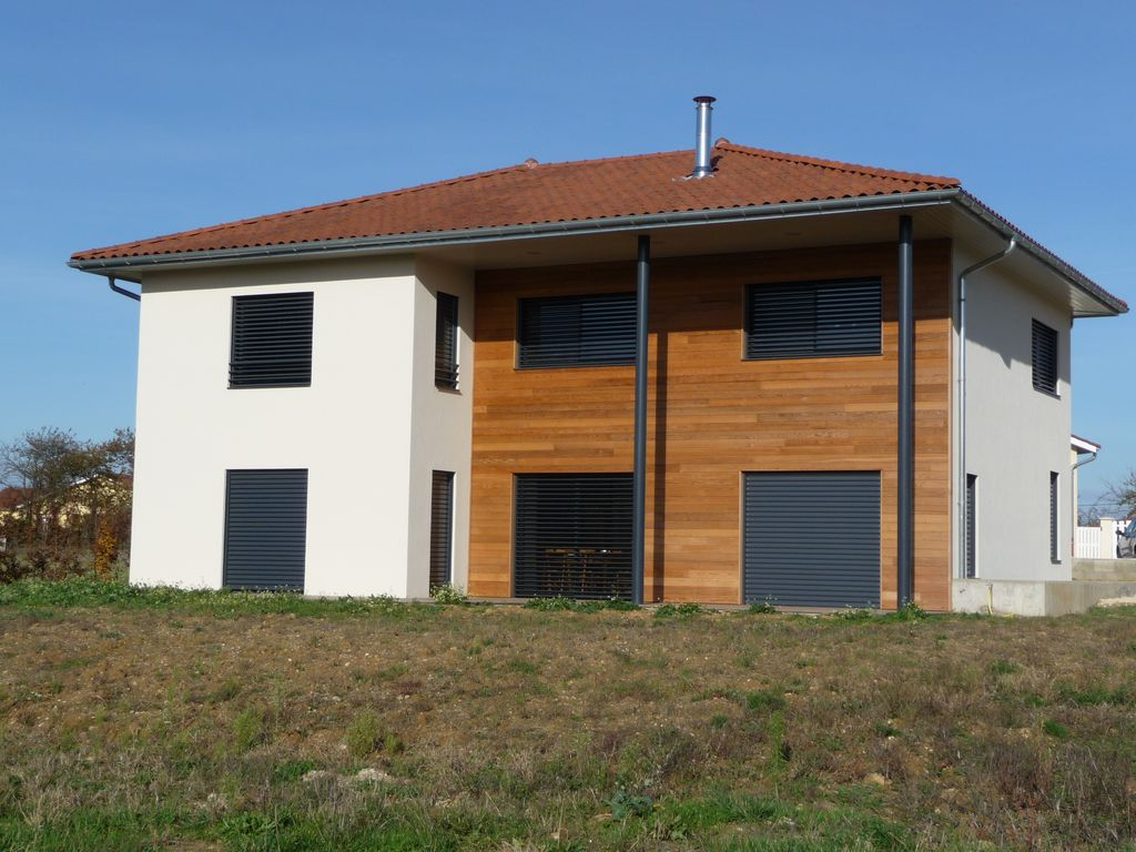 Maison en bois contemporaine for Maison contemporaine bois